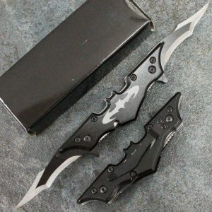 Batman pocket knife twin blade batarang